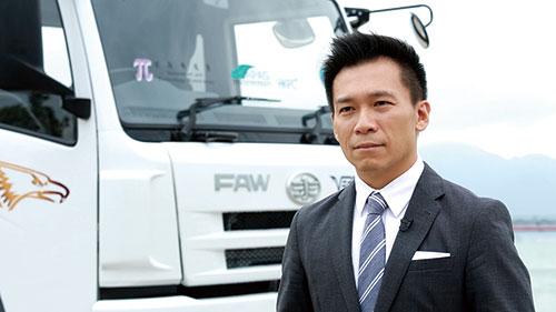 生產力局汽車科技研發中心總經理潘志健博士表示:技術團隊與業界合作,克服了開發重型電動車的各種技術挑戰,包括:電池設計、電池管理、充電安全和效率、續航距離等,寫下香港綠色運輸科研的里程碑。
