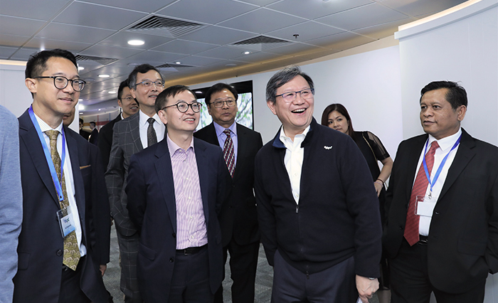 "The officiating party and other VIP guests tour the two new HKPC theme galleries – ""Digital@HKPC"" (Digital Transformation) and ""Living@HKPC"" (Smart Living)."